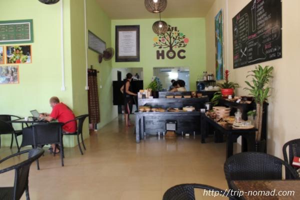 カンボジアバッタンバン『カフェHOC』店内画像